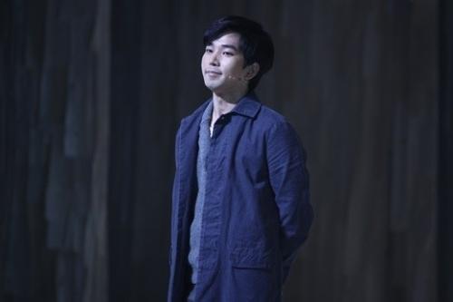 seopyeonje-musical-actor-g-o-vs-mblaq-s-lead-vocal-g-o